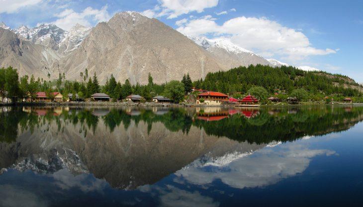 زیبا ترین دریاچہ شانگریلا پاکستان