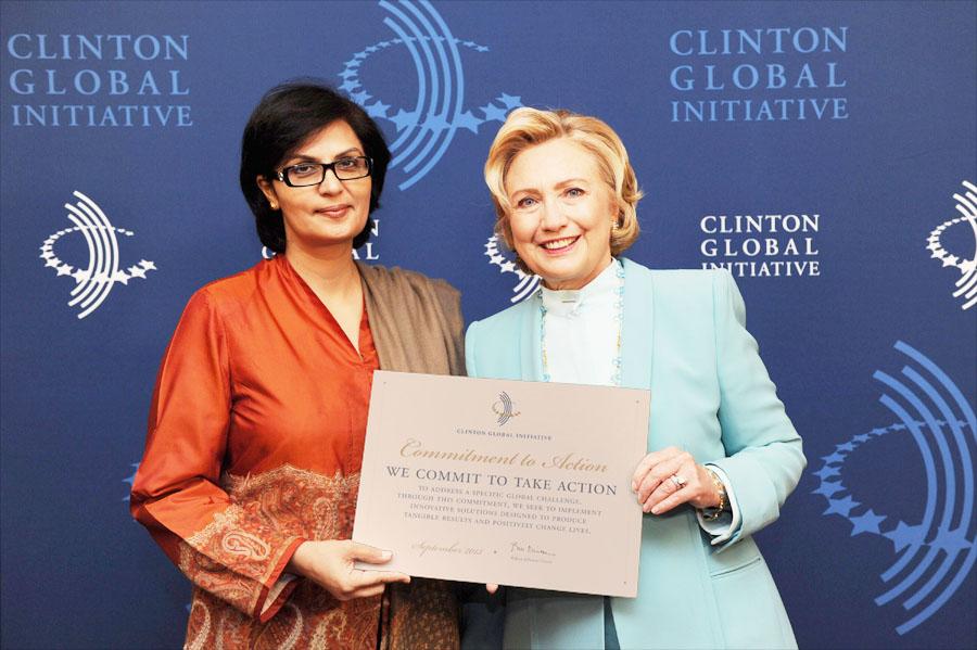 خانم دکتر نشتر دانشمند خانم پاکستانی