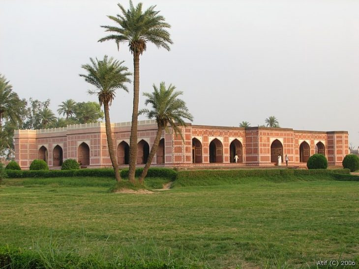 مقبره نورجهان