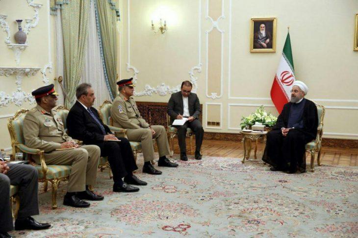 استقبال روحانی از رئیس ارتش پاکستان