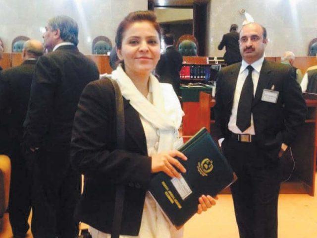 Amna Zamir