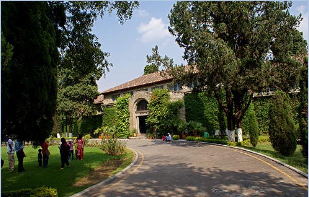 taxila museum garden