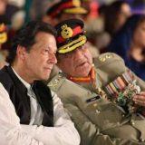 Imran-Khan-in-ISI-HQ