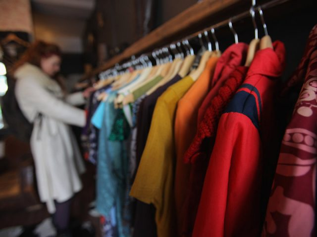 international apparel brands in pakistan market