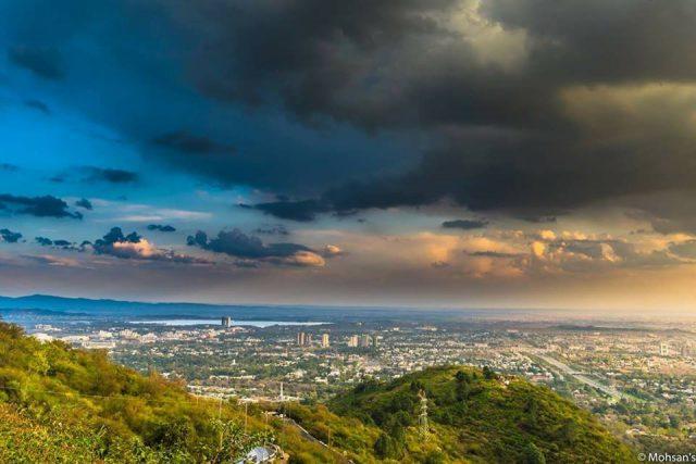 -Islamabad-Rain-and-Sunlight
