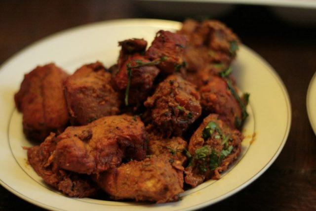 مرغ تیکا با بار بی کیو پاکستانی