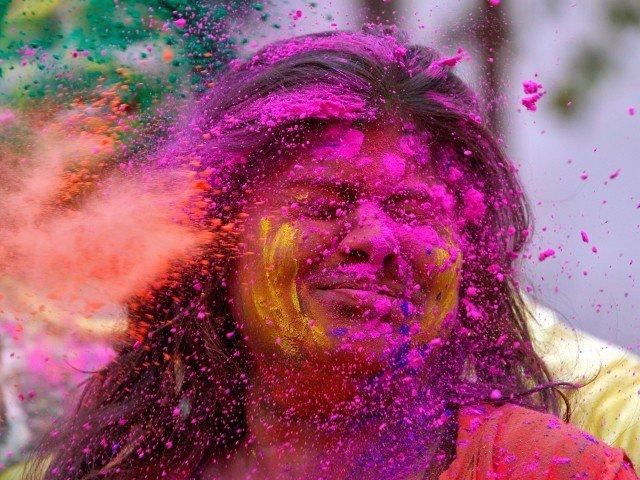 جشنواره رنگ ها