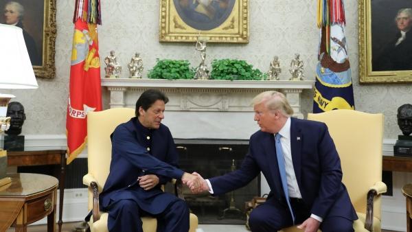 سفر عمران خان به امریکا و دیدار با ریس جمهور