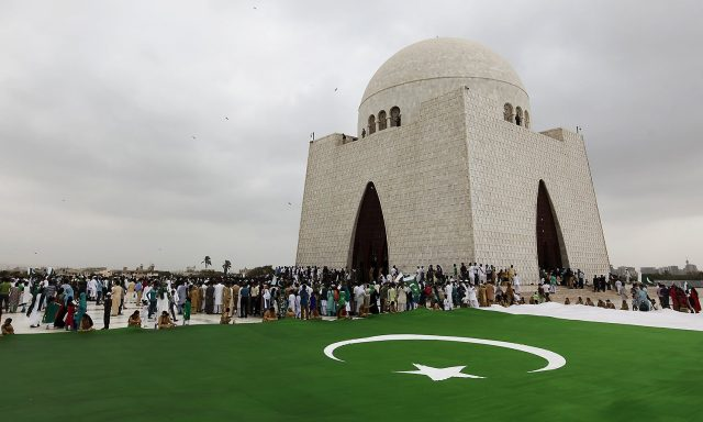 Pakistanis-celebrate-Independence-Day