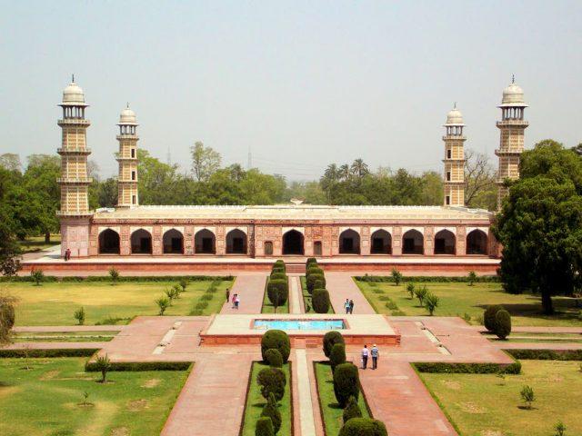Jahangir Tomb, Lahore