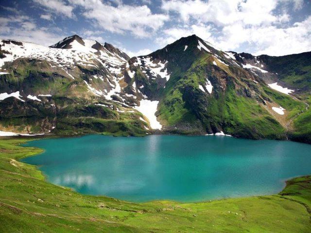 دریاچه دودیپاتسار در دره کاگان، خیبر پختونخوا
