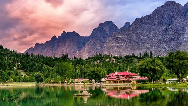 دریاچه پایینی کاچورا منطقه اسکاردو، گیلگیت-بلتستان