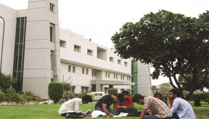 دانشگاه های موثر جهان