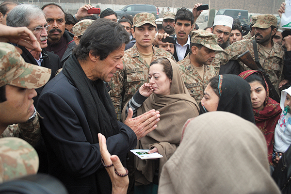 Imran Khan faces wrath of protesting parents as he arrives at APS