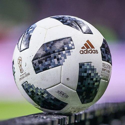 Adidas_Telstar
