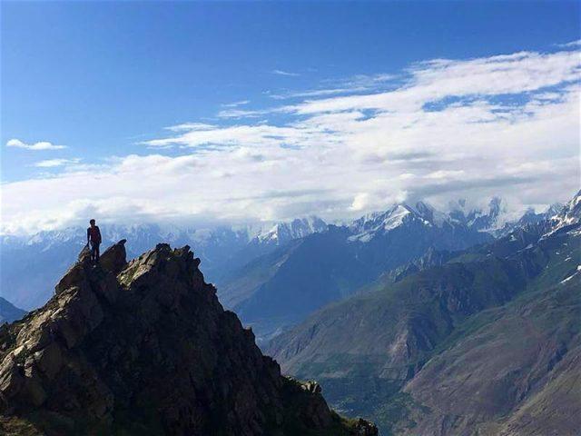 Samuel-Joynson-at-Hon-Pass-Pakistan.-Photo-courtesy-of-British-Backpackers-Society