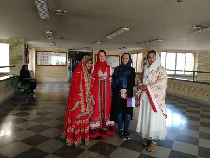 pakistani student in pakistan-exhibition