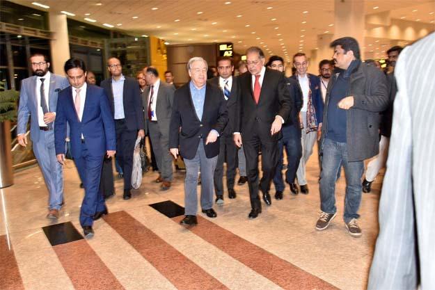 Pakistan's Permanent Representative to UN Ambassador receive the UNSG at Islamabad airport.