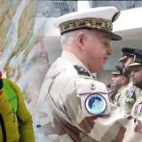 French Military Honours Pakistan Army pilots who Rescued Frenc