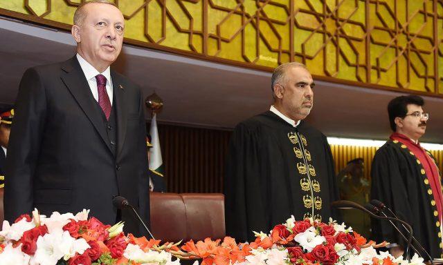 Turkish-President-Erdogan-L-stands-with-Asad-Qaiser-speaker-of-the-National-Assembly.