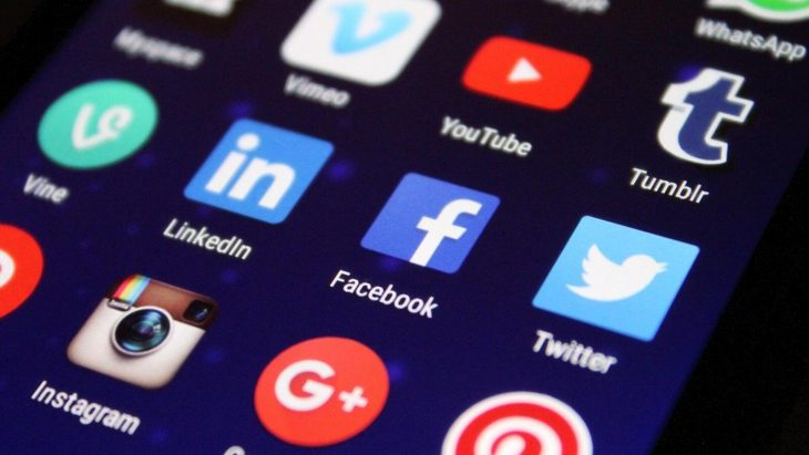 Social Media Networks in the Time of Coronavirus