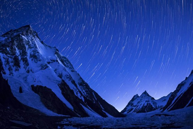 K2-mountain-captured-on-a-clear-night-just-before-sunrise.