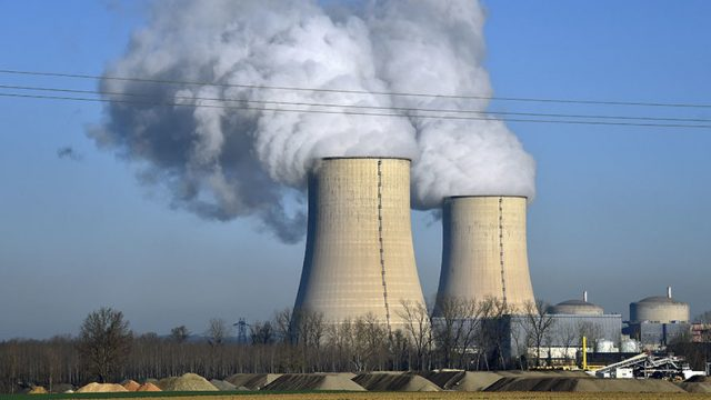 'China signs deal to build third nuclear reactor in Pakistan'