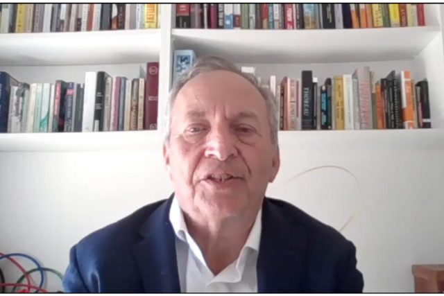Lawrence Summers says national pandemic response