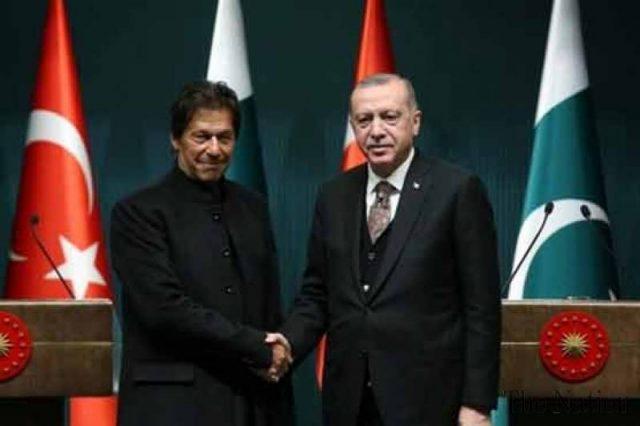 PM Imran felicitates Turkish leadership, people on 97th Republic Day