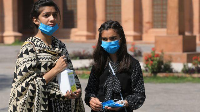Pakistan seeks China's help as it shows solidarity on coronavirus