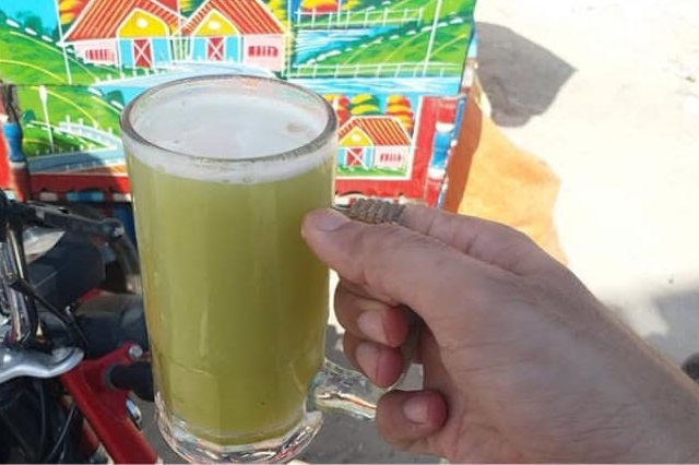 Sugar cane juice is the national drink of Pakistan