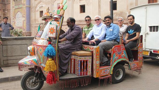 غیرملکی کمنٹیٹرز کی لاہور شہر کی سیر