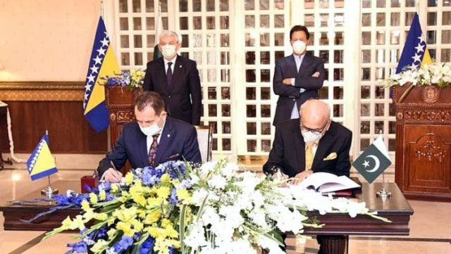 Pakistan and Bosnia vow to increase trade, scientific cooperation