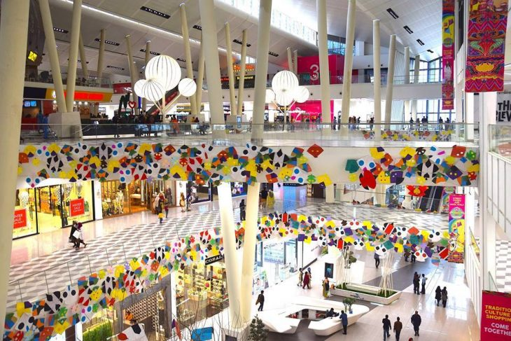 Amazing Pictures of Biggest Shopping Mall of Pakistan
