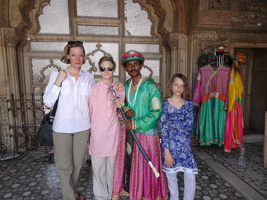 Guided Tour of Lahore Fort