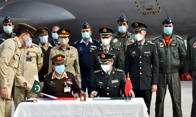 China donates Covid-19 vaccine for Pakistan's armed forces