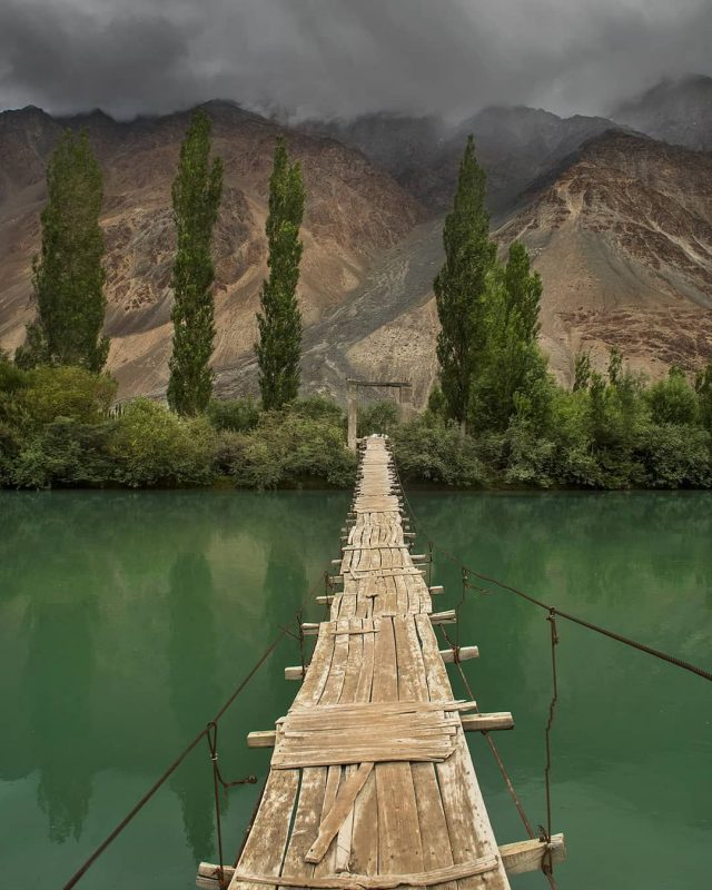 wooden-bridge-phander