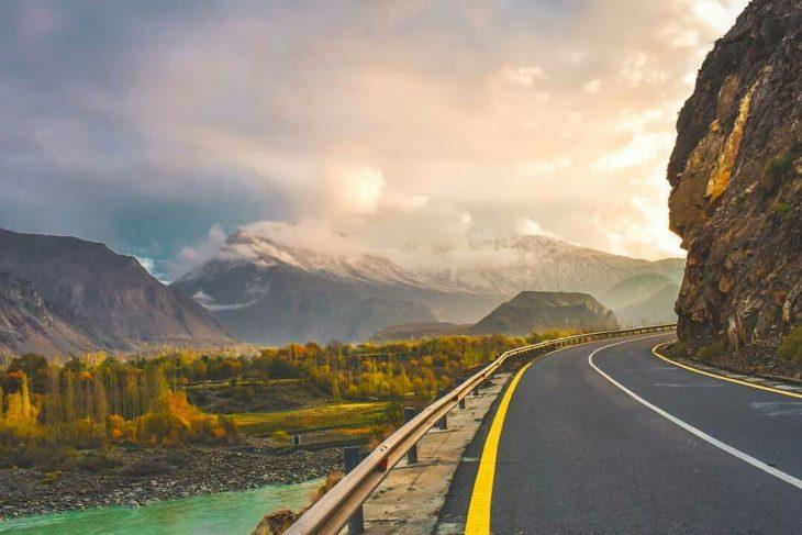 Karakrom highway Pakistan